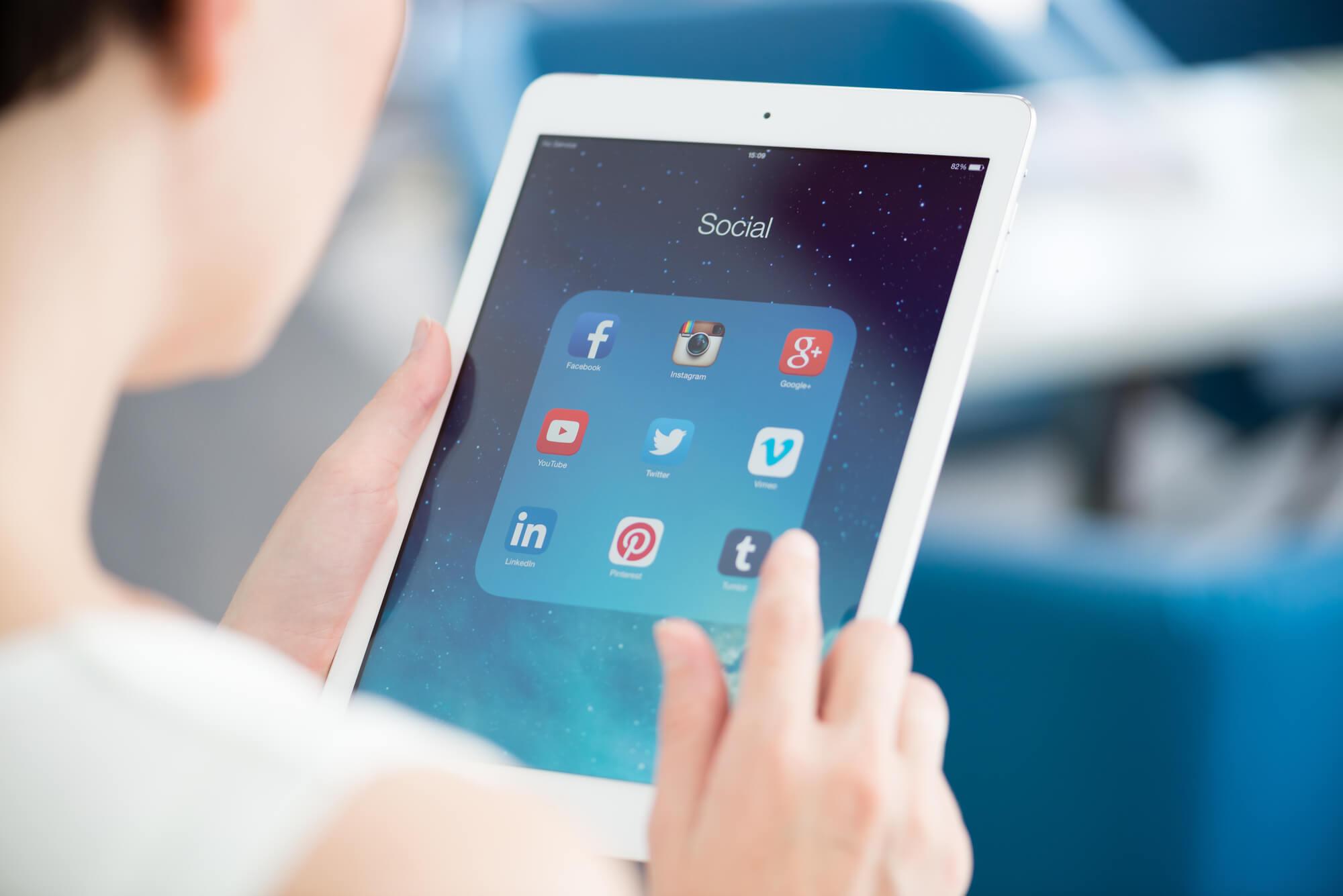 dicas-para-melhorar-o-atendimento-via-redes-sociais
