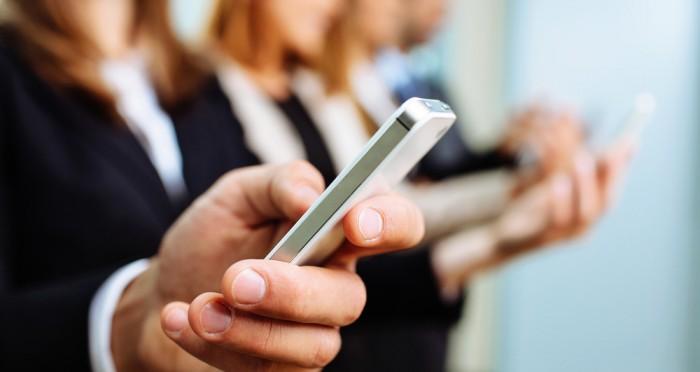 envio-de-sms-em-massa-veja-3-vantagens-de-utilizar-essa-estrategia.jpg