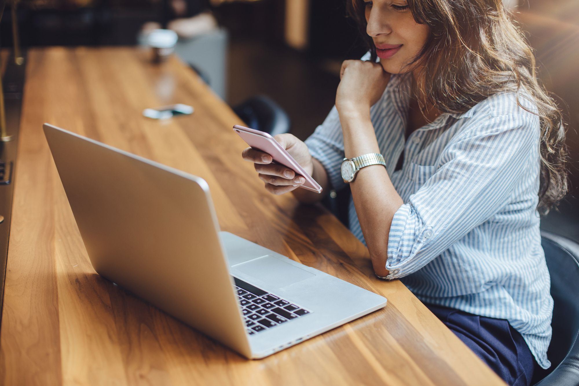 saiba-como-chatbots-podem-te-ajudar-a-conseguir-leads-qualificados-e-clientes
